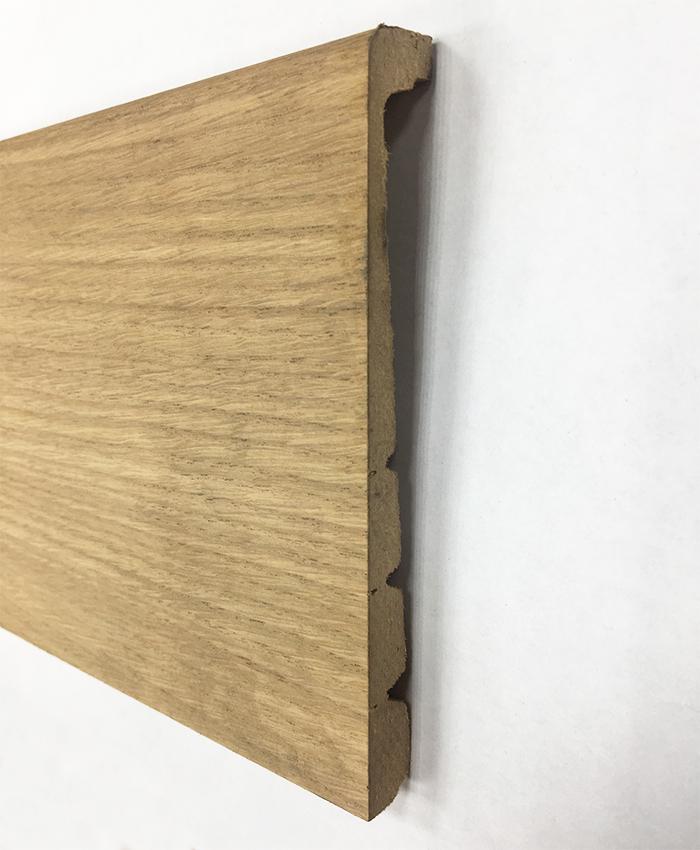 Plinthe de haute qualite - Surplinthe de renovation / cache plinthe / plinthe de recouvrement placage chêne brut