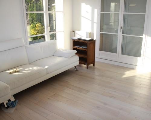 Lots fin de série - Chêne massif rustica blanc huilé 120x15mm lot fin de serie 1.3m²<br />