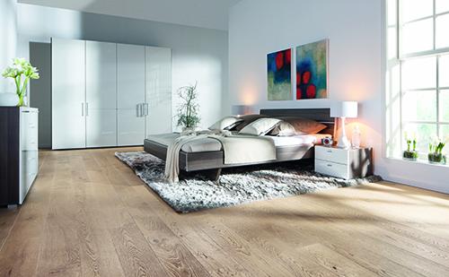 Parquet massif chêne huilé - Chene massif huile brosse aspect bois brut 160x15mm certifié fsc 100 %<br />