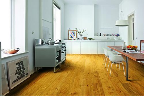 Parquet massif chêne huilé - Chene massif huile rustique brosse dark oak 120x15mm certifié fsc 100 %<br />