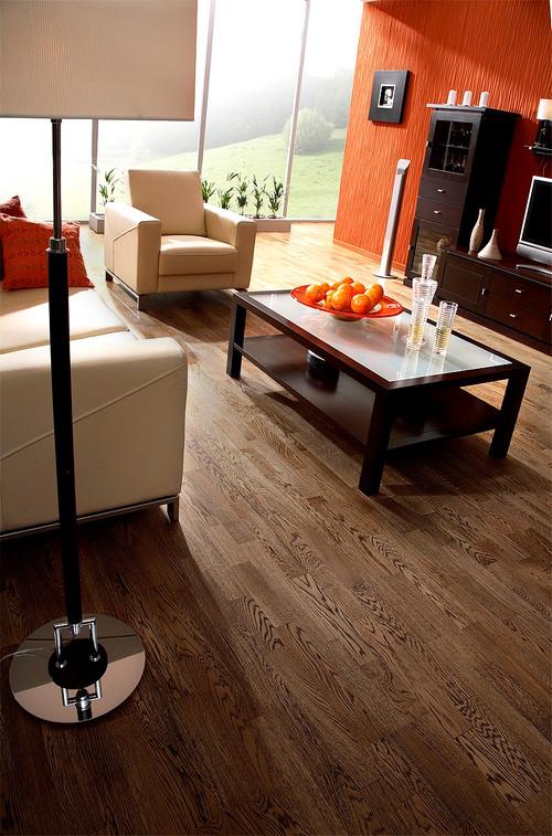 Parquet massif chêne verni - Chêne massif authentique verni carbonise 160x20mm eco label