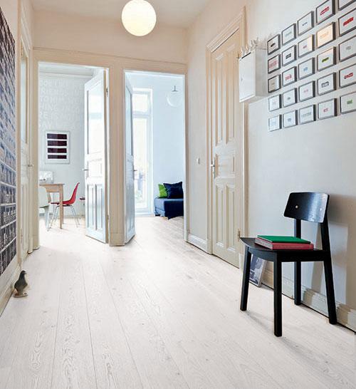 CHENE MASSIF VERNI BROSSE COUNTRY BLANC DE NEIGE 120x14mm LV - Certifié FSC 100 % - Prix-parquet.com