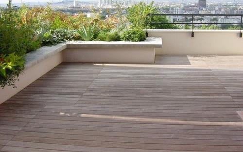 Parquet pour votre chambre ou séjour en bois, massif, contrecollé flottant ou stratifié en Ipé - Lame de terrasse cumaru brut 140x21 strie 1 face