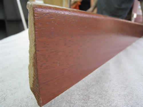 Plinthe massif merbau verni 7 cm (2.4ml)