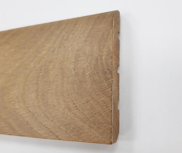 plin4003 plinthe ch ne massif verni 70x14mm premibel parquet. Black Bedroom Furniture Sets. Home Design Ideas