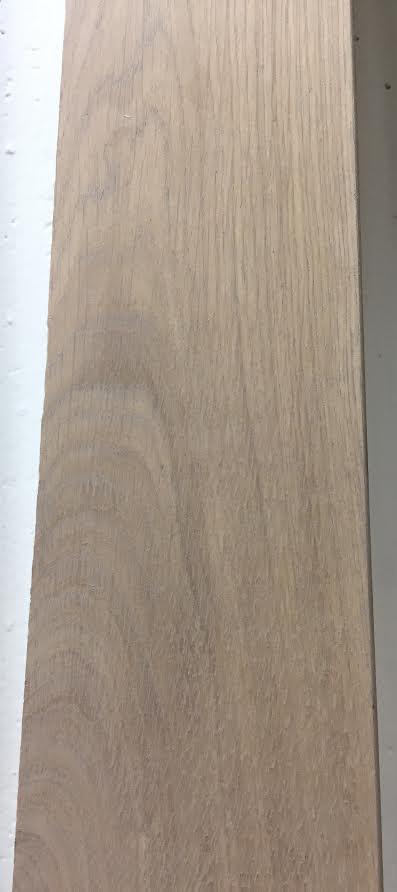 Plinthe de haute qualite - Plinthe chêne massif huilé assortie mud light 90x15x2400