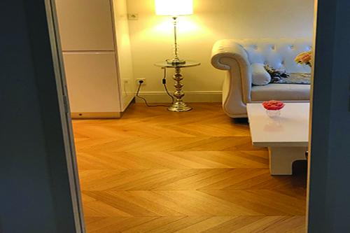 POINT DE HONGRIE chêne MASSIF VERNI BROSSE PR MIEL 90X14X510MM GO-4 - Certifié FSC 100 % - Parkett.fr