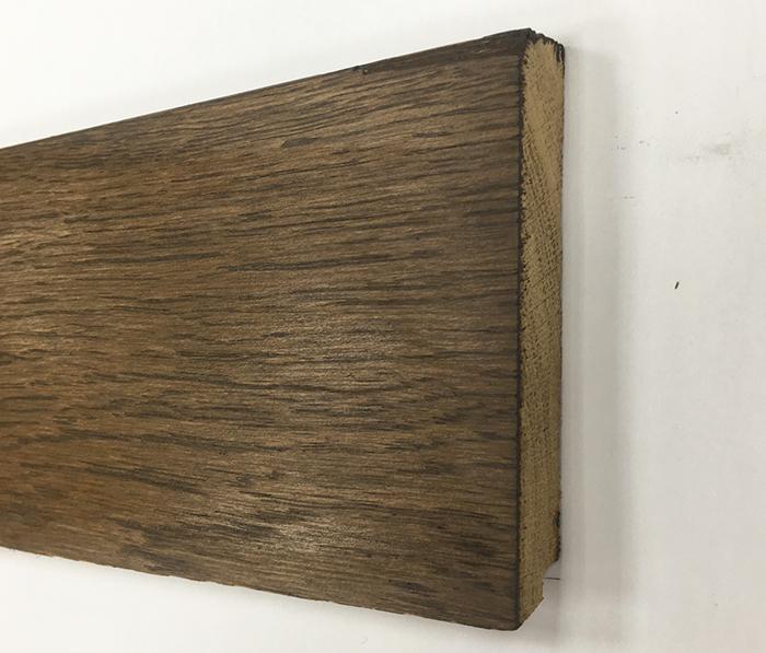 Plinthe de haute qualite - Plinthe chêne massif huilé assortie chocolat 90x15x2400