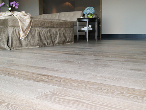 CHENE CONTRECOLLE MULTIPLY RUSTIQUE VERNI cerusé WHITE 6MM DE BOIS NOBLE - LOT FIN DE SERIE 27.62m²