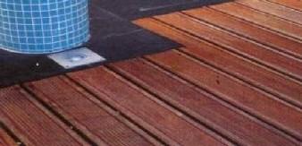 Parquet lames de terrasse avec rainure anti-dérapante style peigne - parquet-huile.com